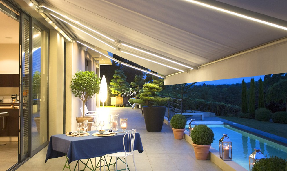 Motorised Awnings Retractable Outdoor Awnings Somfy